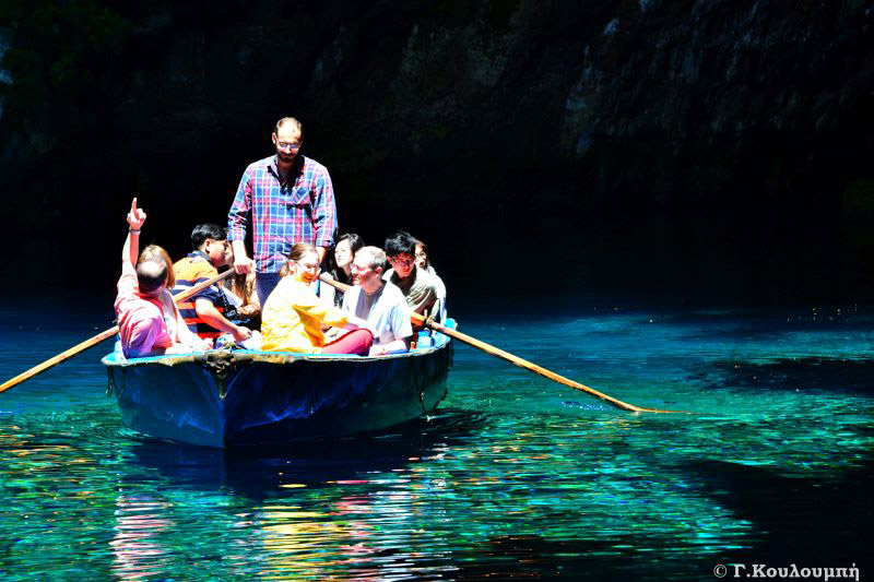 melissani-kefalonia-sightseeing-car-rental