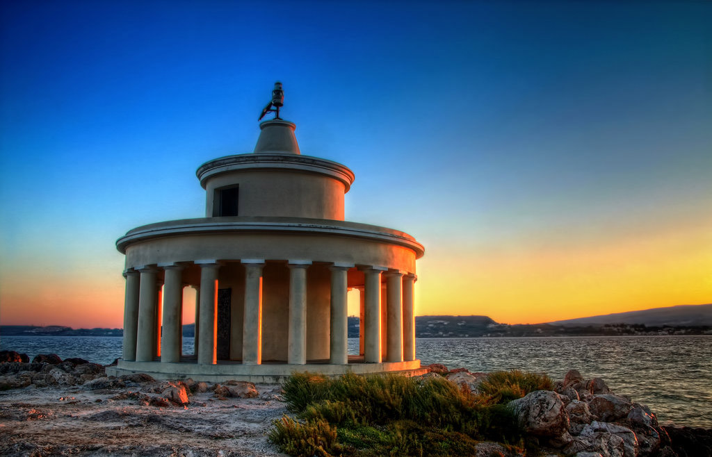 rent-a-car-kefalonia-Agioi-Theodoroi-Lighthouse